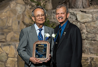 Sanjit Mitra receives the 2017 IEEE Education Activities Board Vice President's Award from Education Vice President Professor S. K. Ramesh.